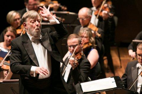 2020 Ece Elgar Violin Concerto 1200X800