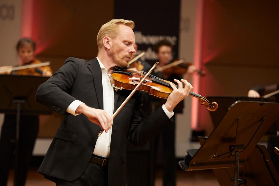 2021 Dale Barltrop Plays Schumann