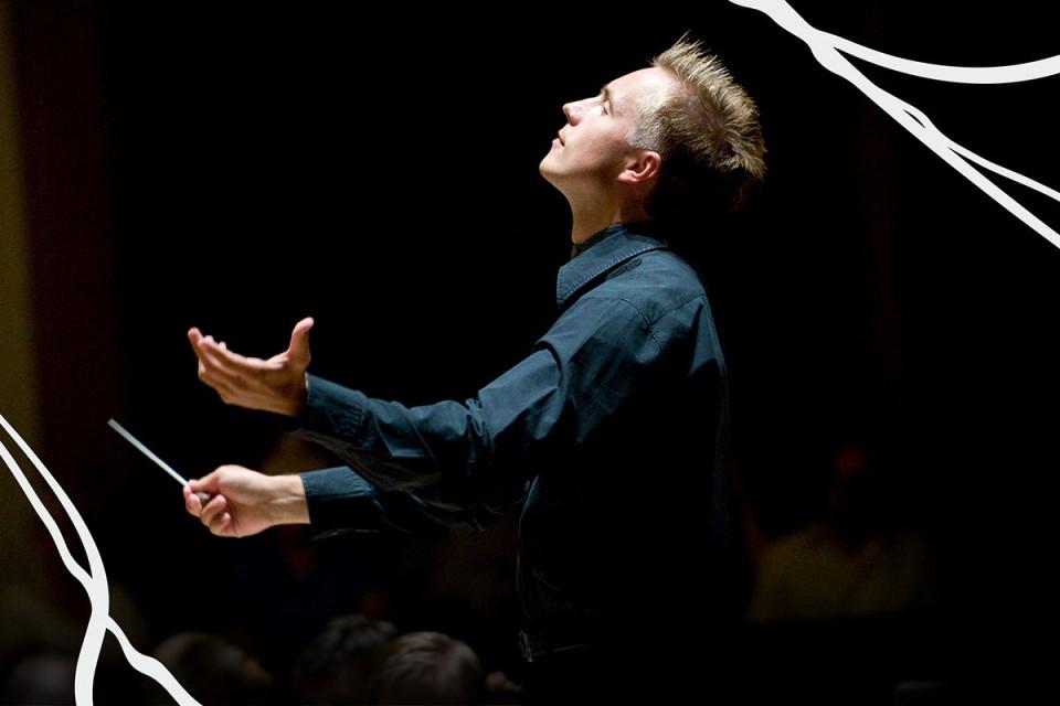 2022 Vasily Petrenko Conducts Elgar 1200X800Px
